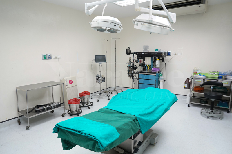 operation room at naravee clinic